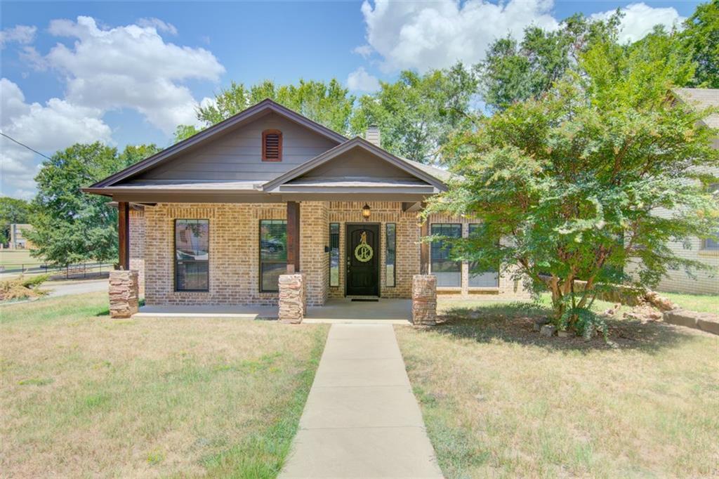 1020 S Fannin Avenue, Tyler, TX 75701
