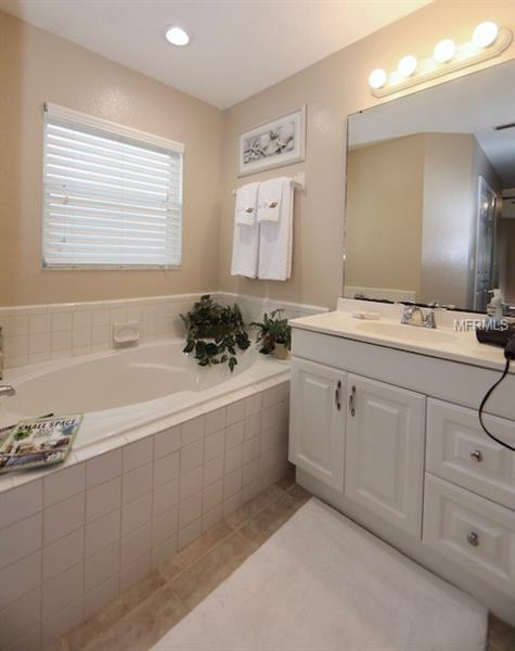 photo 5 for listing o5701357 - Homes For Sale In Christmas Fl