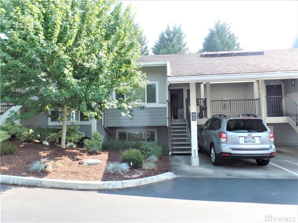 15216 NE 8th Ave H3, Bellevue, WA 98007