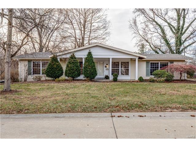 44 High Valley Drive, Chesterfield, MO 63017