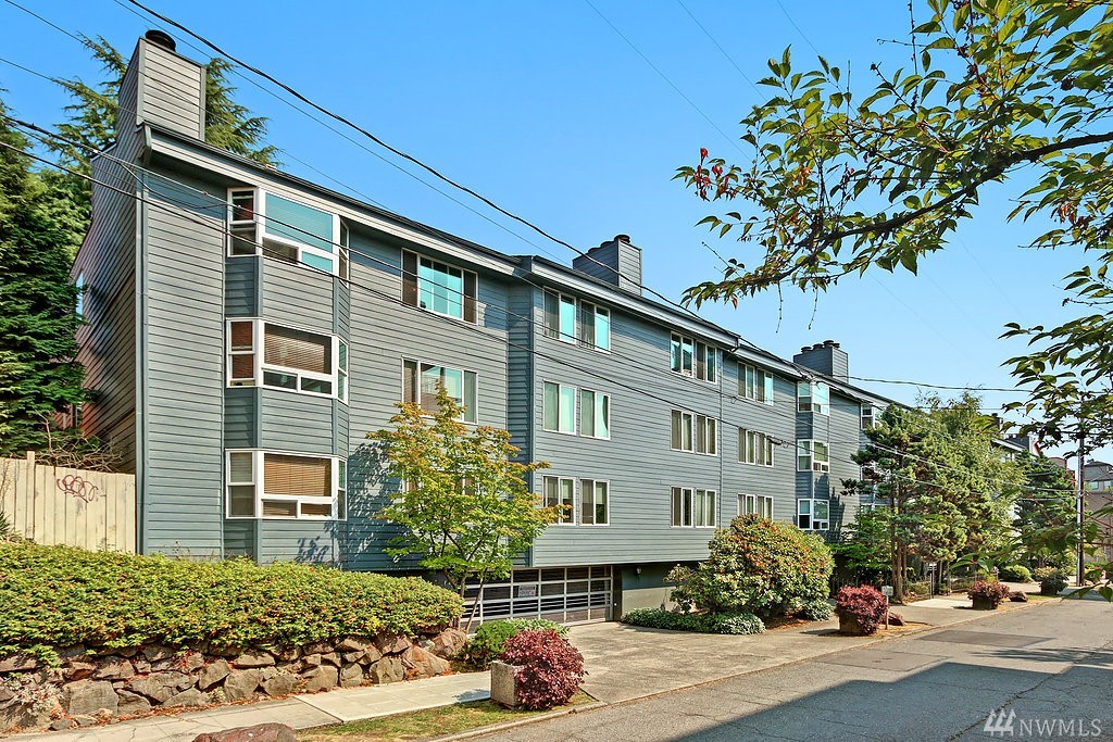 210 Boylston Ave E 301, Seattle, WA 98102