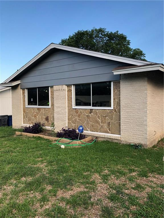 Great 1st time home buyer home! Home has been renovated outside, as well as fresh paint throughout with all bathrooms updated. Home has 3 bedrooms, 2 full baths, with large dining and living area. Kitchen open to living area. Home also has oversized fenced backyard.