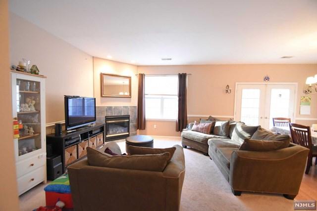 79 Mountainview Court, Riverdale Borough, NJ 07457