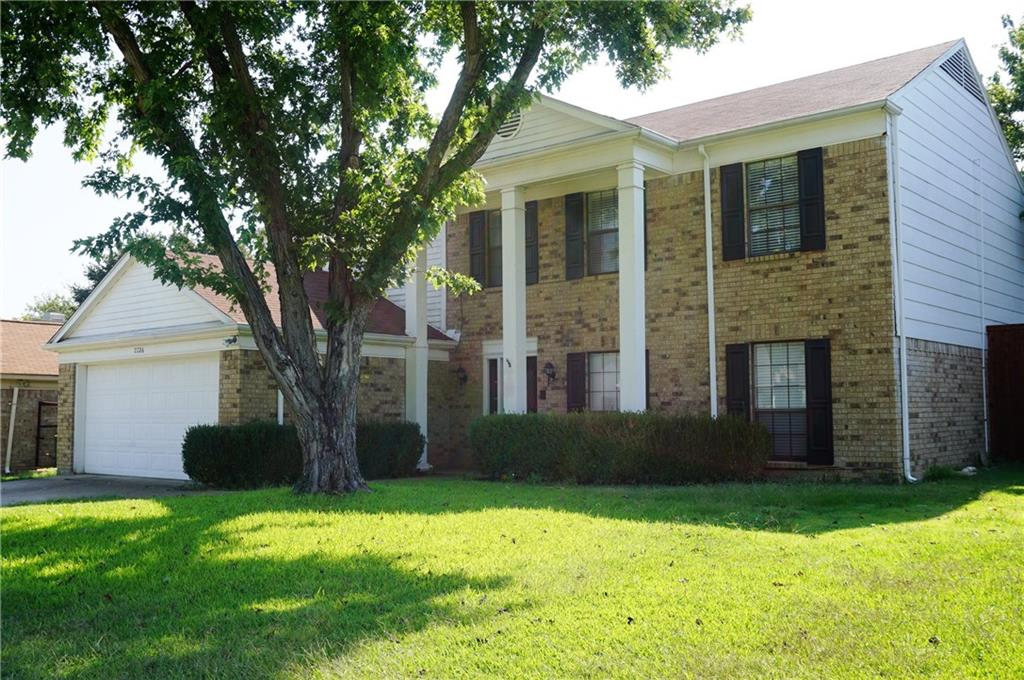 2226 Country Oaks Drive, Garland, TX 75040