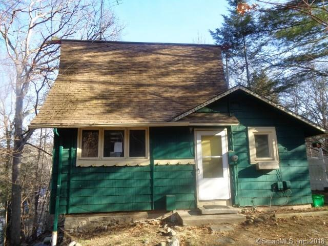 Welcome home to your lake home retreat! This cabin style home is waiting for your finishing touches, in time to enjoy summer on the lake. Mins away Lake Zoar. 2 bedrooms and 1 bath, with full basement with a walk out. Make sure to schedule your showing today!