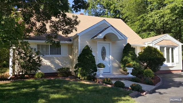 75 Jackson Avenue, Pequannock Township, NJ 07444