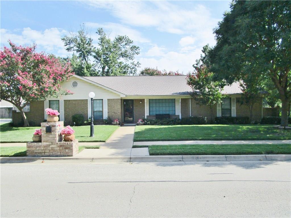 7500 Mike Court, North Richland Hills, TX 76180