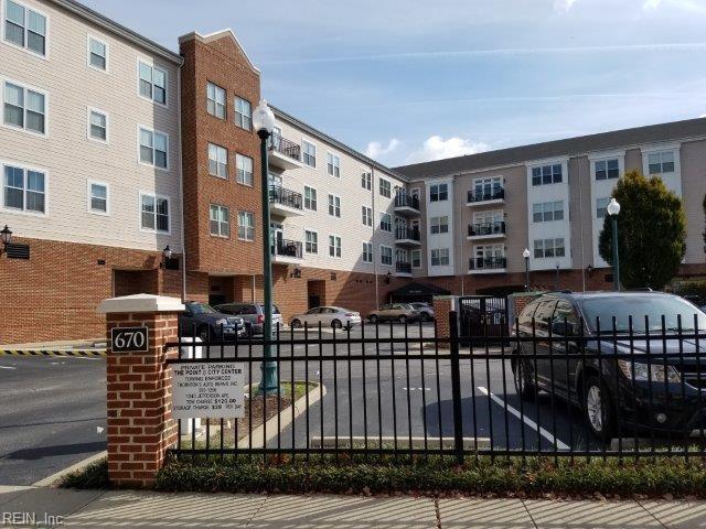 670 Town Center DR, Newport News, VA 23606