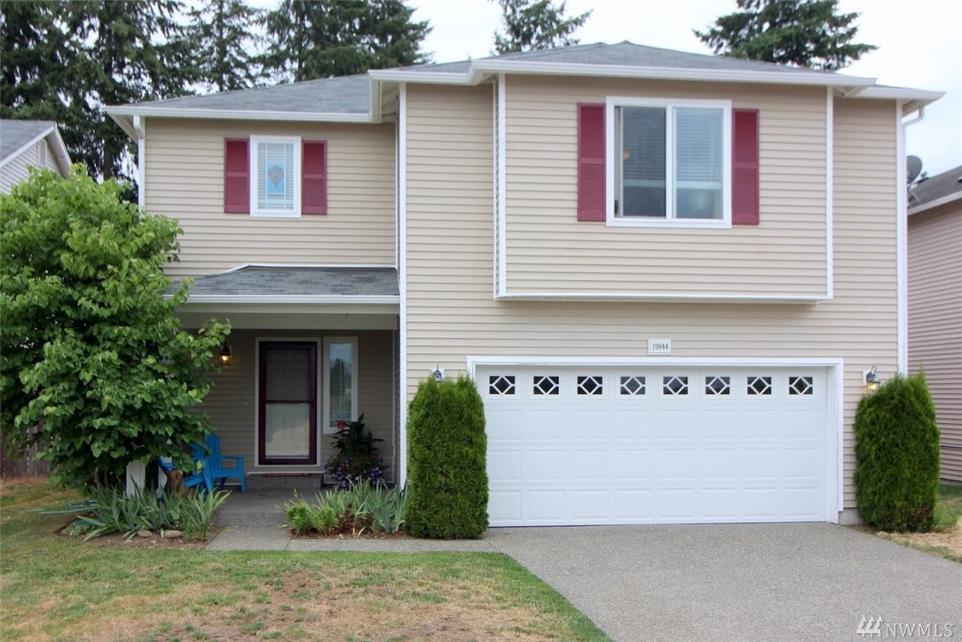 Spacious and a great value! 4 large bedrooms, 2 ½ bathrooms, and 3,064 SF.  Main level has an open Living Room, Family Room, Formal Dining area, Powder Room bath, and a Chef's Kitchen with Island and large Pantry.  Upstairs has a roomy landing area, 4 bedrooms, a full hallway bath and a 5-Piece Master Bath.  Fenced in backyard backs to a greenbelt.  This is a spacious and lovely home throughout, priced below assessed value and all stainless steel appliances are included!