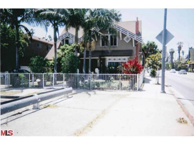 2388 W 23RD Street, Los Angeles (City), CA 90018