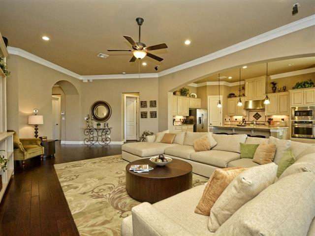 Rare opportunity to own a luxurious lock/leave condo at the prestigious UT Golf Club. Tucked between the Golf Club and Tennis/Swim center. Just reduced 20K w/ $70K in upgrades. Wide entry halls blossoms into an expansive living/kitchen/dining space,perfect for entertaining & family gatherings. Large master leads into a spacious bath with two closets, double vanity and great storage. Very lightly lived in as a 2nd home. HOA covers all exterior maintenance including lawn. Leveled Club memberships available.