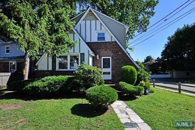 285 Marlboro Road, Wood Ridge, NJ 07075