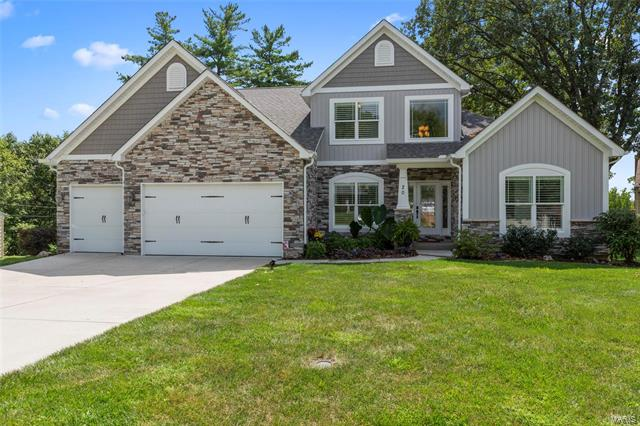 20 Winslow Lane, Des Peres, MO 63131