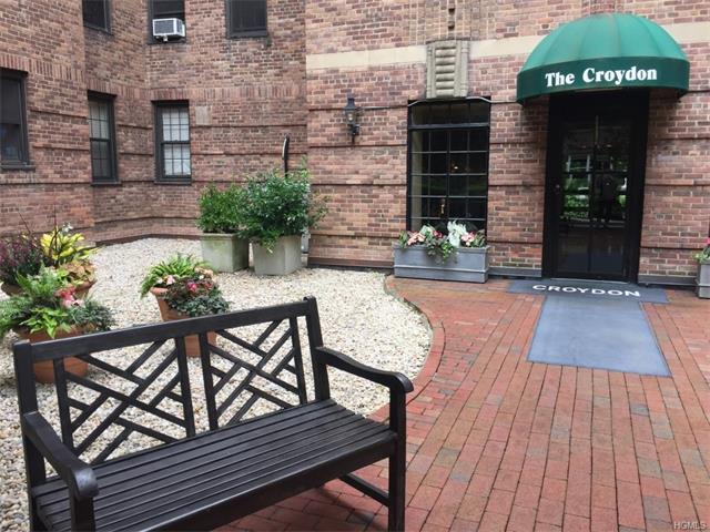 35 Parkview Avenue 6A, Bronxville, NY 10708