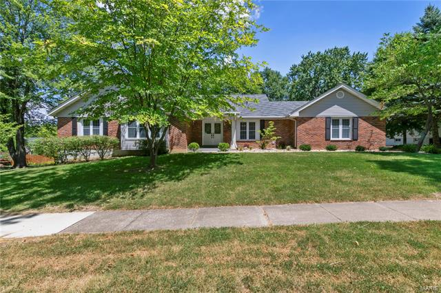 2136 Park Forest Drive, Chesterfield, MO 63017