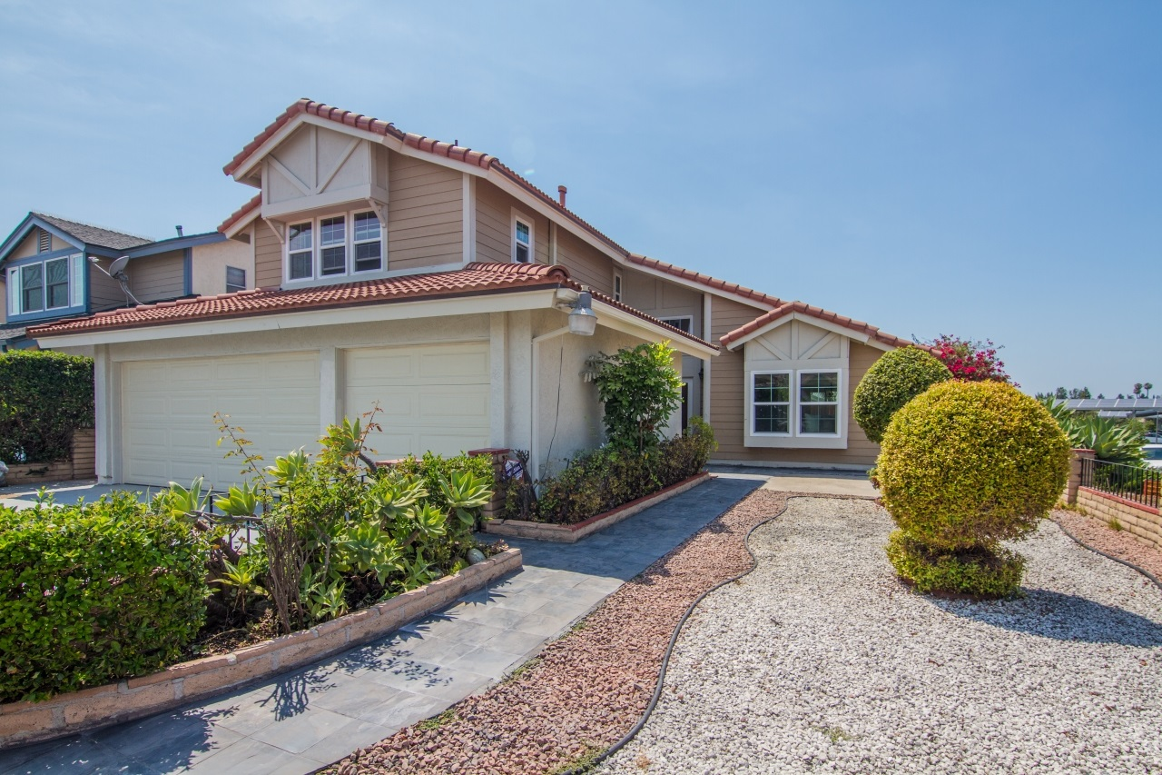 7898 Hemphill Dr, San Diego, CA 92126