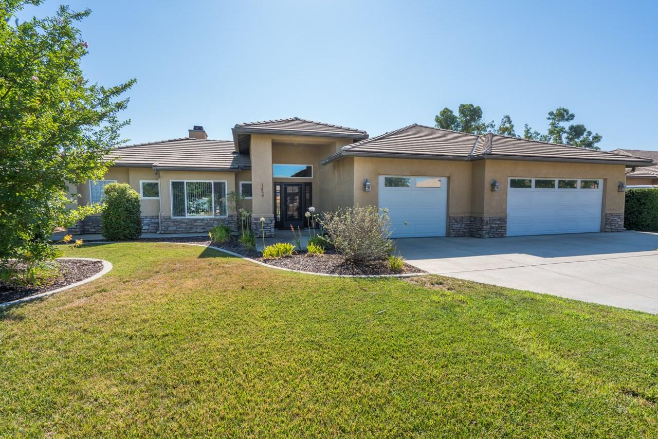 1260 Ledesma Lane, Ramona, CA 92065