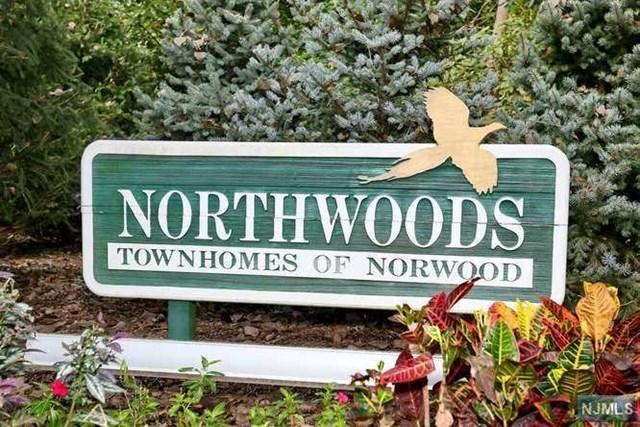 848 Hemlock Court 848, Norwood, NJ 07648
