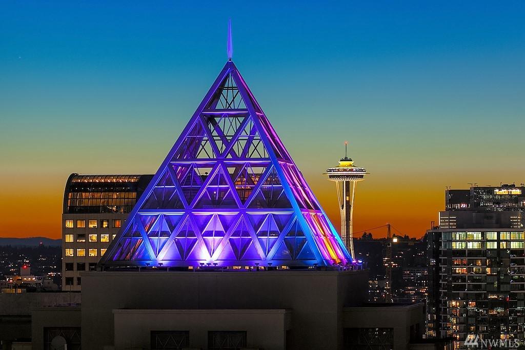 909 5th Ave 2401, Seattle, WA 98164