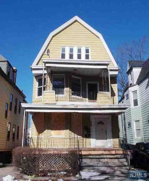 305 S Clinton Street, East Orange, NJ 07018