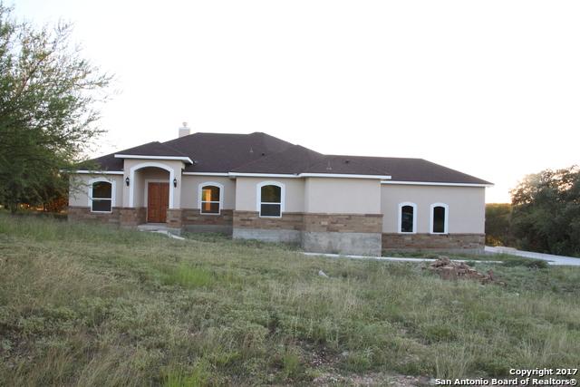 1211 Shady Holw, New Braunfels, TX 78132