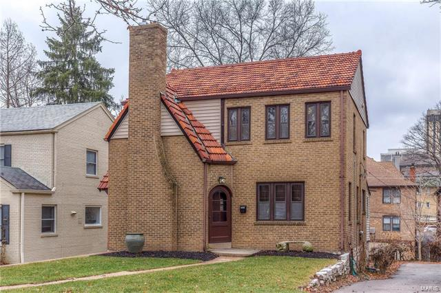 7683 Carswold Drive, Clayton, MO 63105