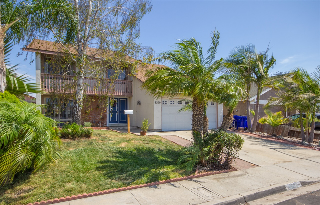 8229 Santa Arminta Ave, San Diego, CA 92126