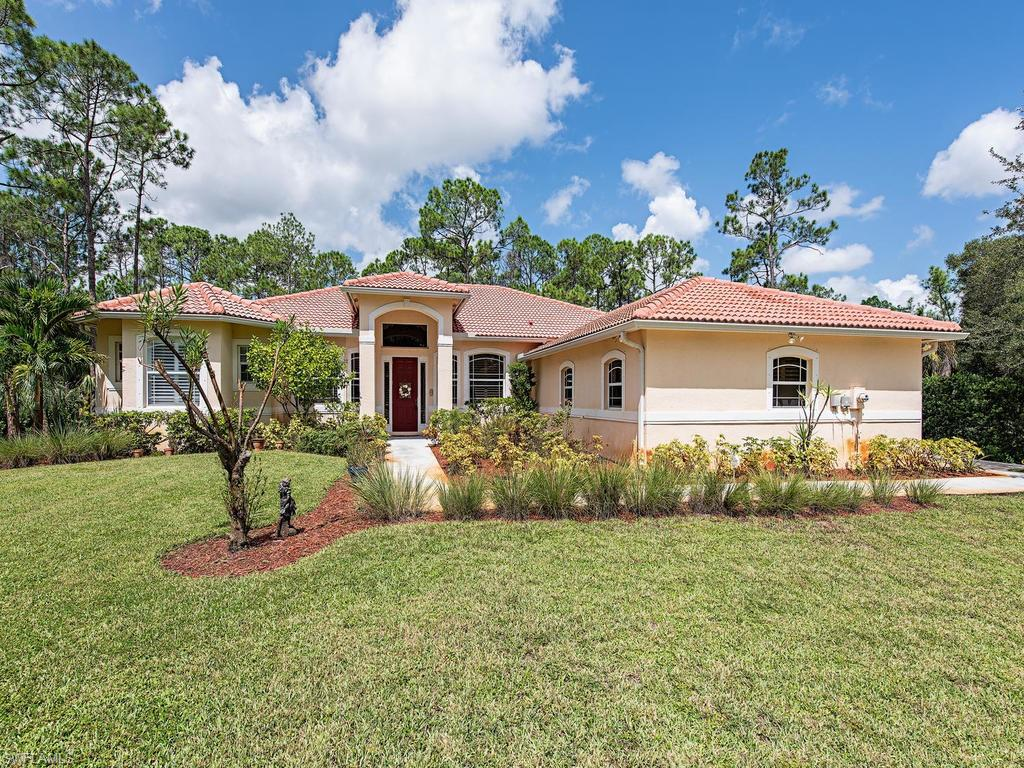 221 29th ST SW, NAPLES, FL 34117