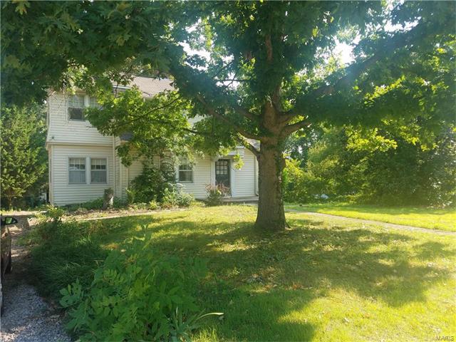 435 Bacon Avenue, Webster Groves, MO 63119