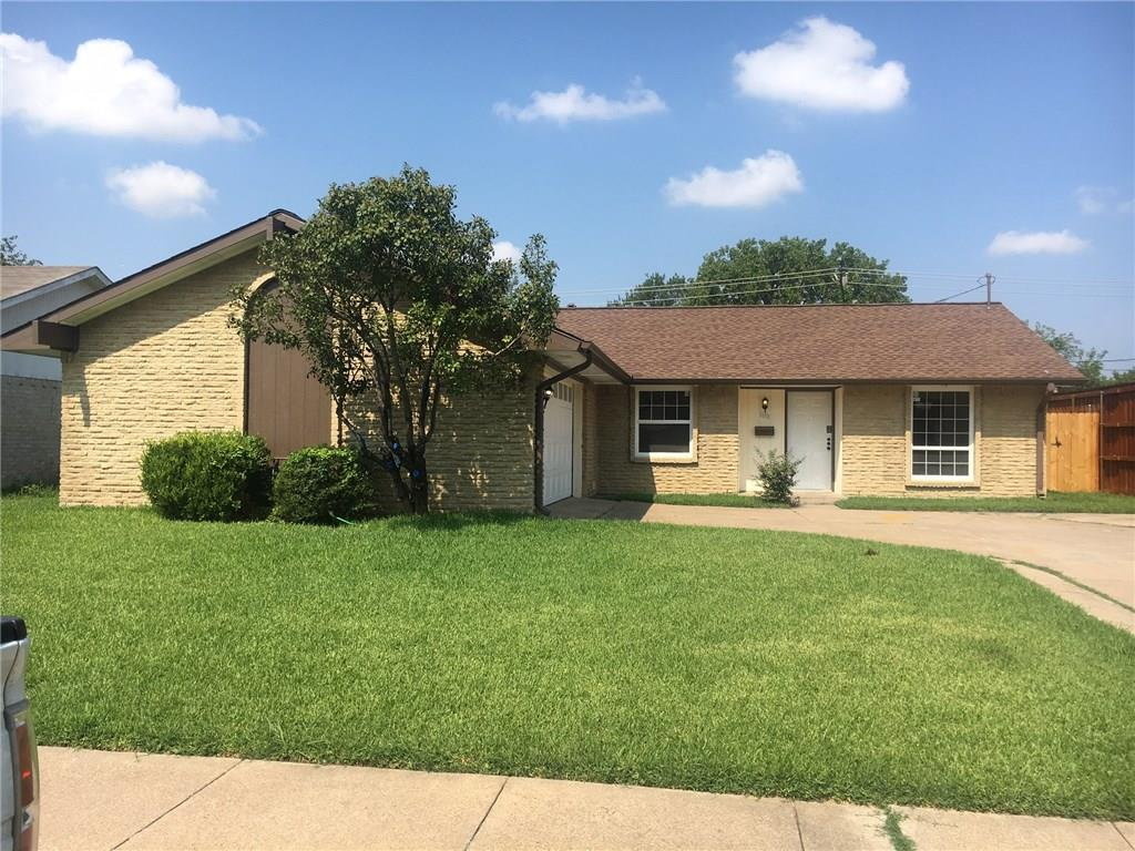 1618 4th Street, Grand Prairie, TX 75051
