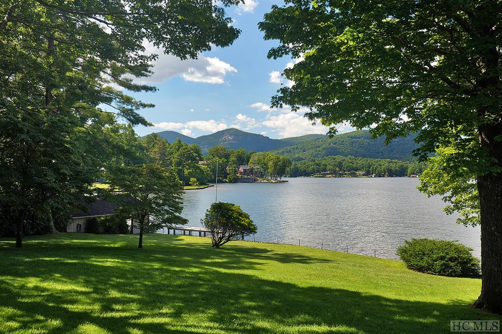 142 Indian Trace, Lake Toxaway, NC 28747