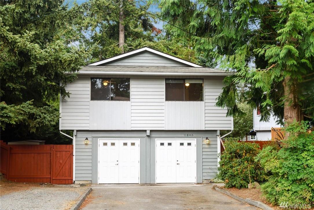 11842 NE 31st Place NE C, Lake City, WA 98125