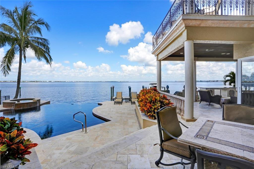427 Keenan AVE, FORT MYERS, FL 33919