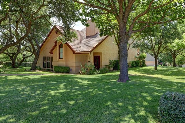 This home is beautifully designed,2873 sqf +1008 sqf garage,3 cars 1 boat stall. Remodeled w many upgrades.4 bed,3 full & 1 1/2 bath,2 master suites(1 downstairs) 2 fireplaces. Great room w high ceilings, fireplace, wet bar,wall of windows overlooking outdoor lush garden.Gourmet kitchen w center island, solid oak cabinetry, granite countertops, stainless steel appliances,b/f dining area. Relax in Redwood/Finlandia sauna, shower steamer or Jacuzzi tub. Covered patios,upstairs balcony w hill country views.