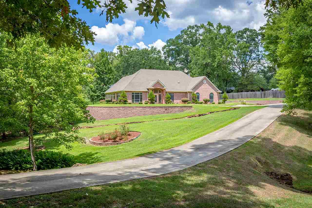 148 Wulf Creek Drive, Center, TX 75935