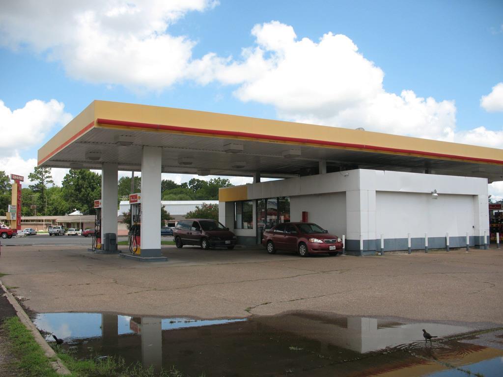 203 South Timberland, Lufkin, TX 75904