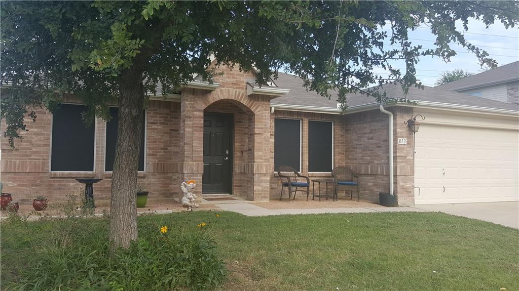 813 Mockingbird Drive, Saginaw, TX 76131