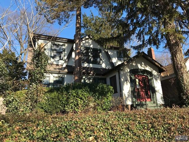 329 Oakdene Avenue, Leonia, NJ 07605