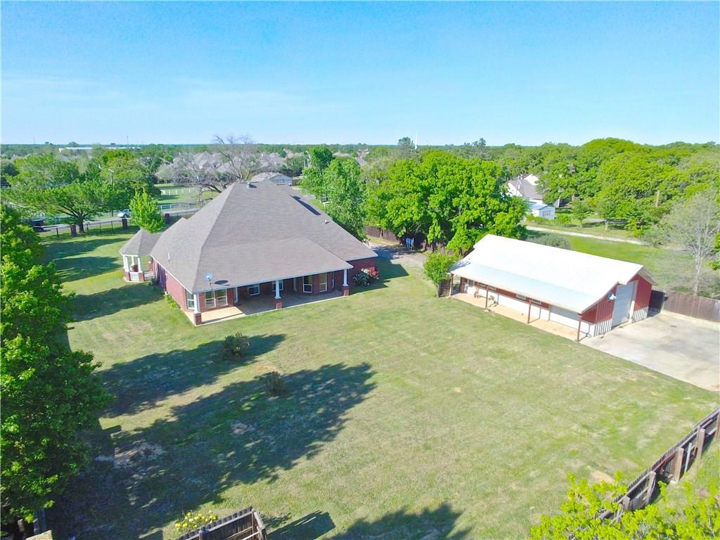 Cleburne, TX 6 Bedroom Home For Sale