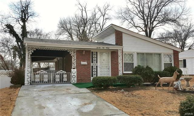 7190 Hazelwood Lane, University City, MO 63130