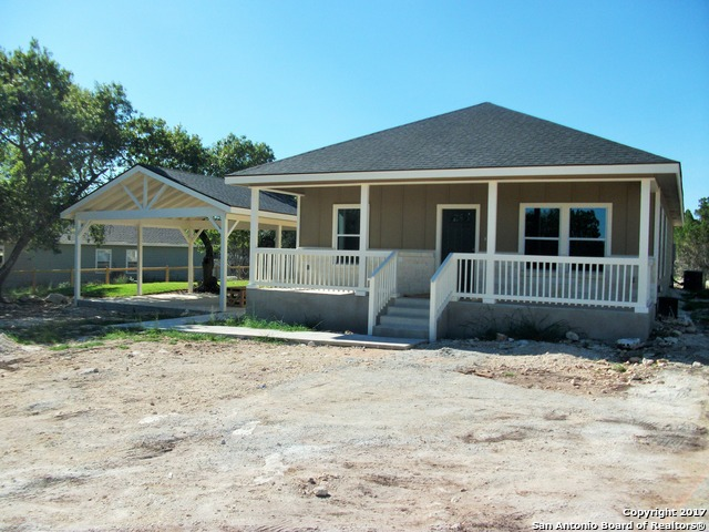 360 Ridge Wood Trl, Canyon Lake, TX 78133