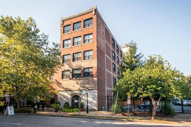 1831 Sidney Street, St Louis, MO 63104