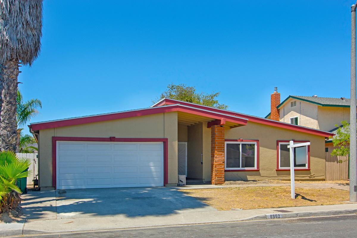 8962 Idyllwild Ln, San Diego, CA 92119