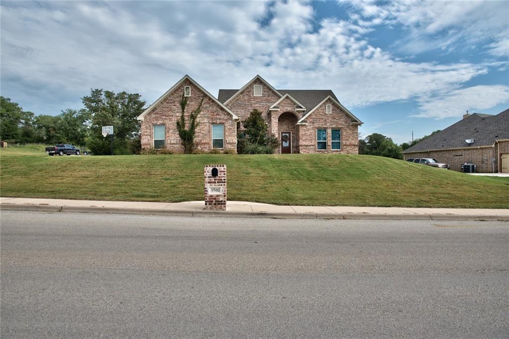 3501 Lakeway Drive, Weatherford, TX 76087