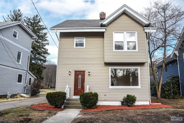 75 Ringwood Avenue, Pompton Lakes, NJ 07442