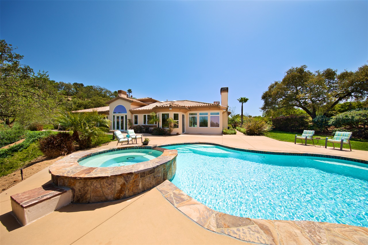 14382 Ridge Ranch Rd, Valley Center, CA 92082
