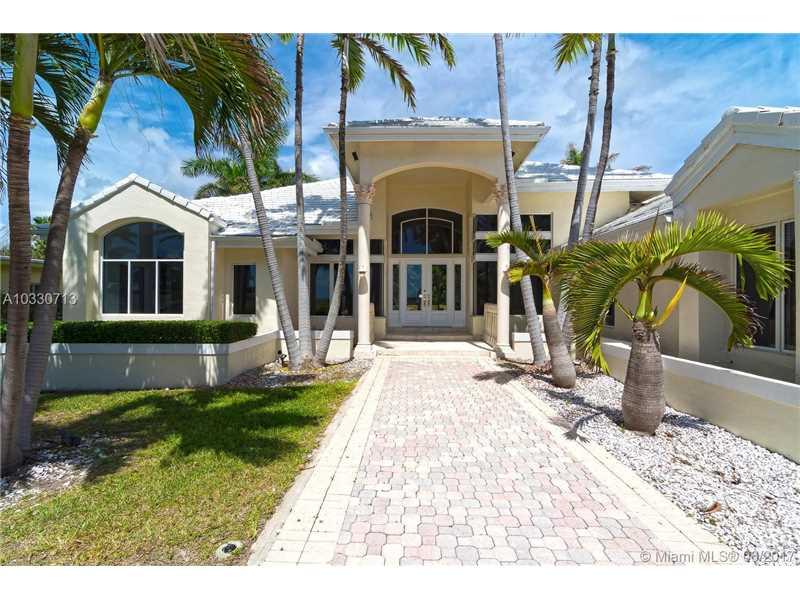 152 Ocean Blvd, Golden Beach, FL 33160