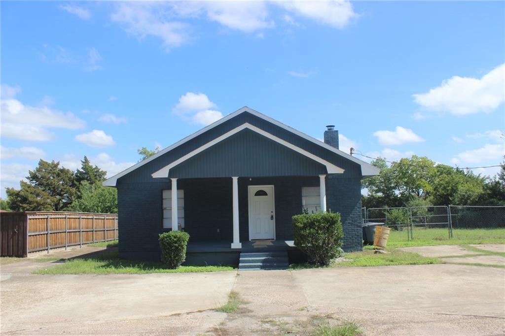6914 Manitoba Avenue, Dallas, TX 75241