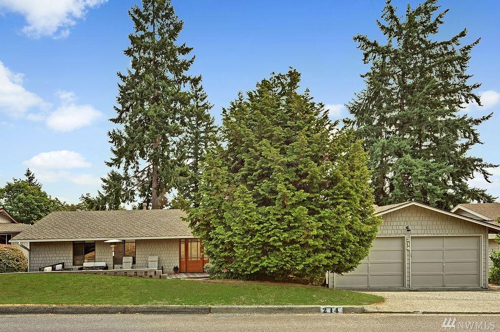 214 174th Place NE, Bellevue, WA 98008