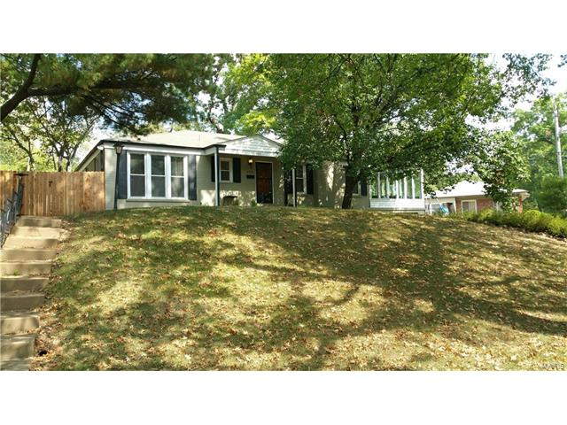 850 Alanson Drive, University City, MO 63132